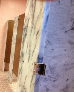 photo of marble stalls in the Ladies bathroom at the Cheyenne Capitol